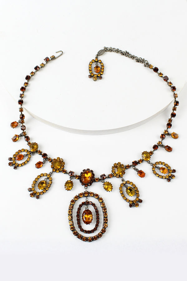 De Luxe Gypsy Oval Necklace
