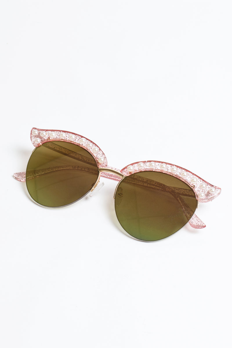 Mirrored Horn Rimmed Sunglasses
