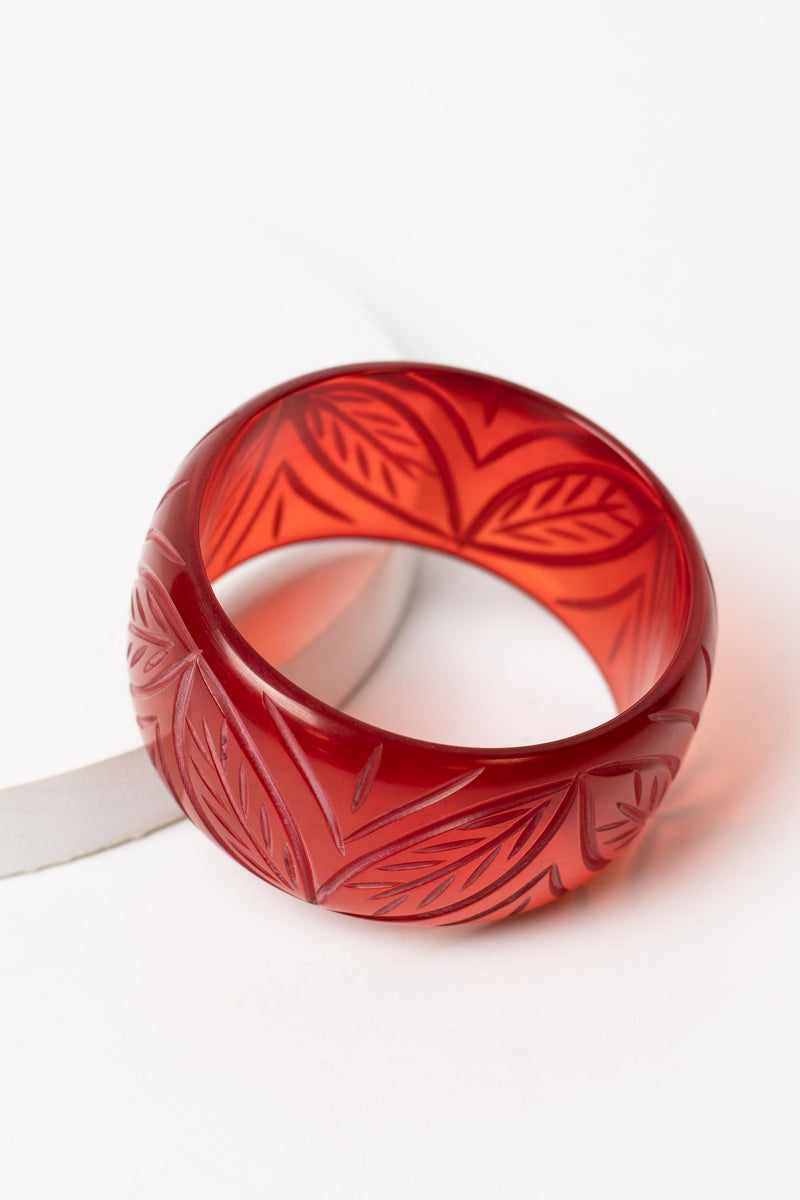 Tiki Leaf Carved Faux Bakelite Bangle
