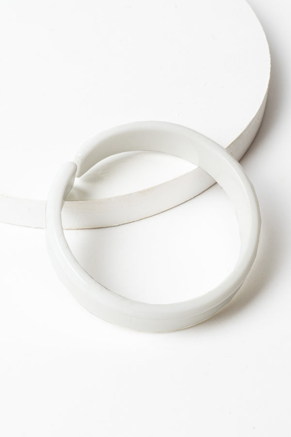 Zenzii Resin Bangle