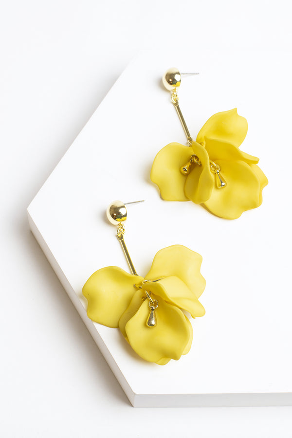 Zenzii Flower Petal Drop Earrings