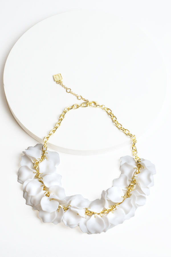 Zenzii Petal Collar Necklace