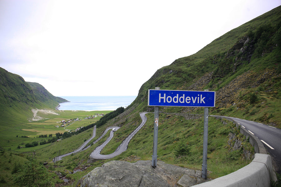 On the Road.. in Norway 'Finding Hoddevik'