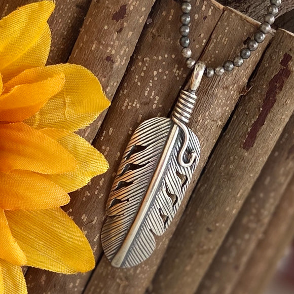 The La Pluma Sterling Silver Pendant