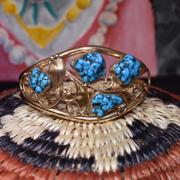 The Oro Turquoise & Gold Vintage Bracelet