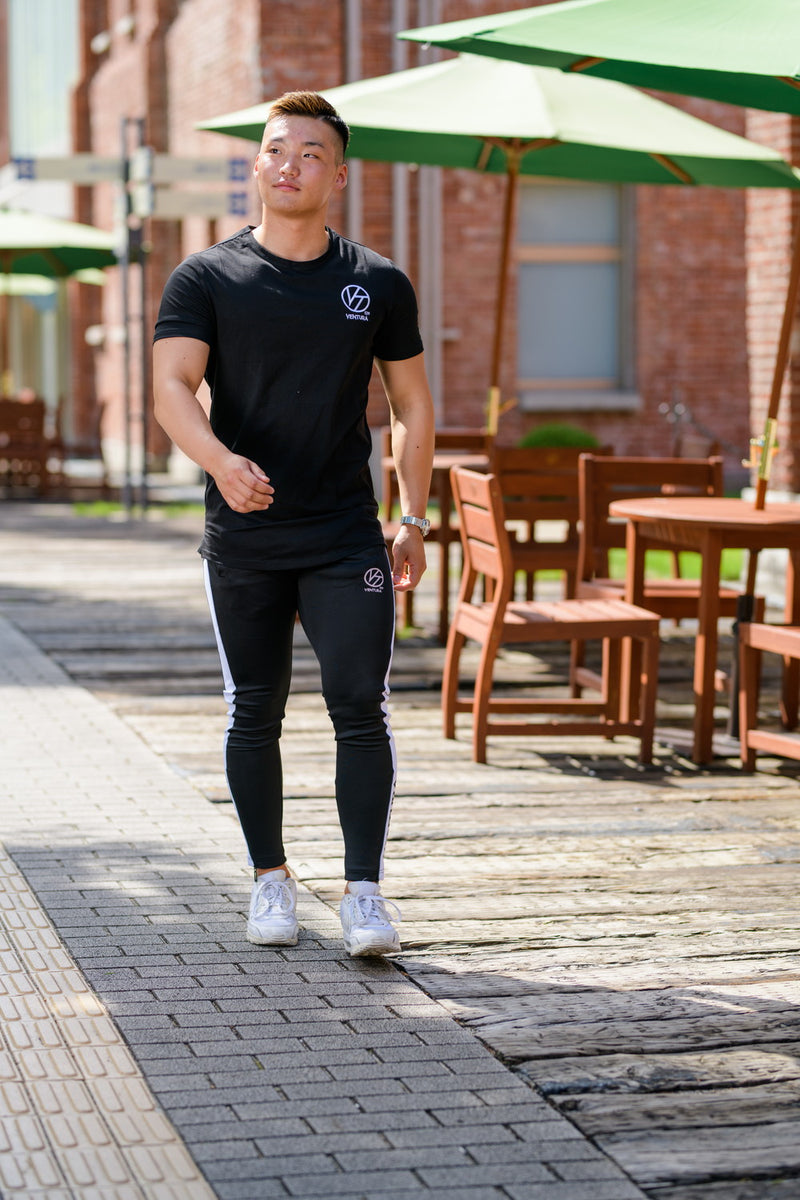 VENTURA STANDARD FIT T-SHIRT-BLACK