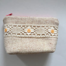 Load image into Gallery viewer, Bouquet Notions Pouch( lace)