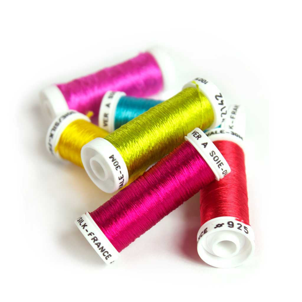 Au Ver à Soie Pure Silk Ovale Thread for Hand Embroidery - FLASHY