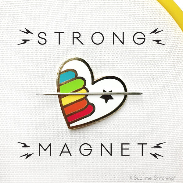Rainbow Heart Magnetic Needle Minder Hoop Flair