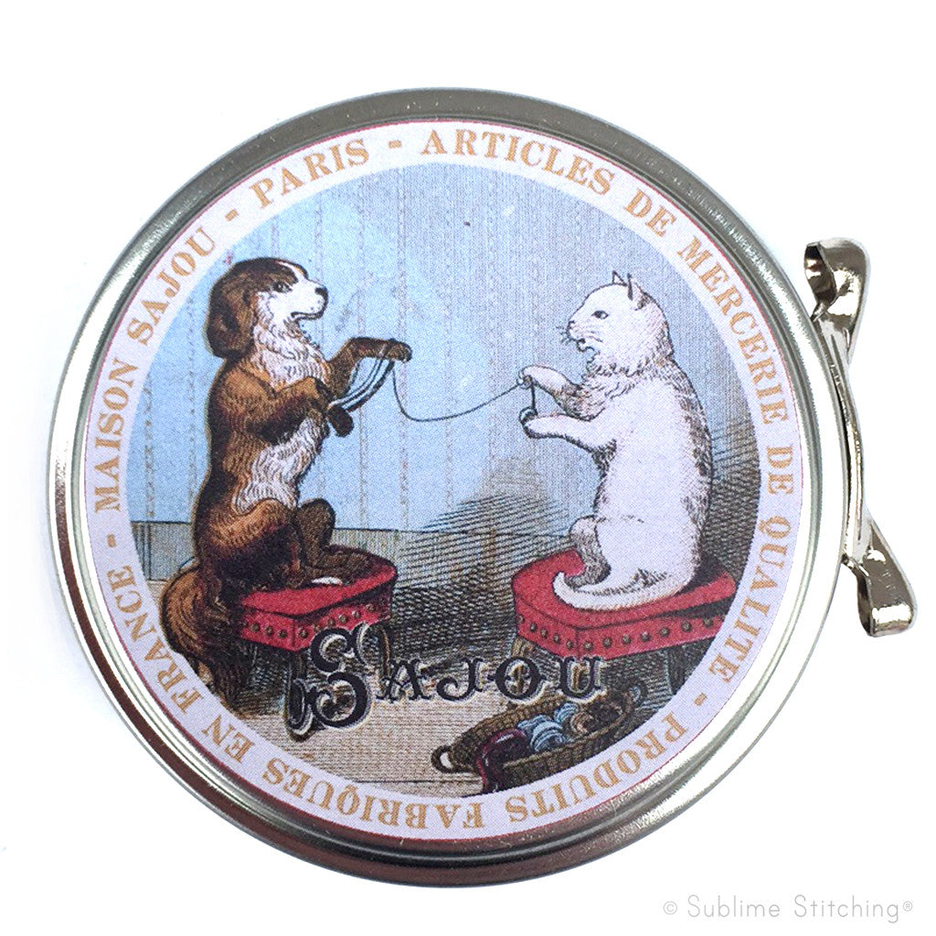 SAJOU SEWING TIN - Dog and Cat