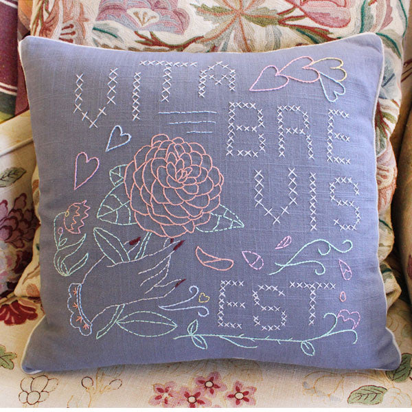 Embroidery Pillow Kit - Vita Brevis Est
