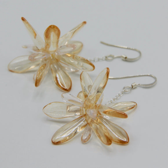 Laura Earrings in Crystal Cream