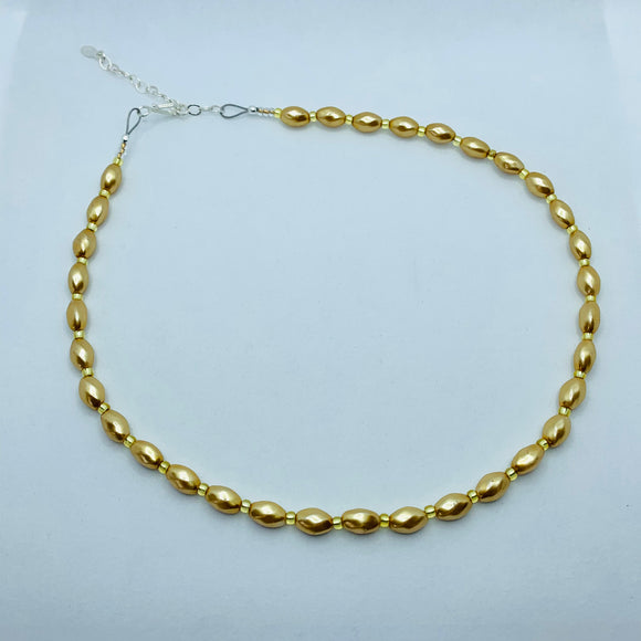 Nora Necklace in Golden Pearl