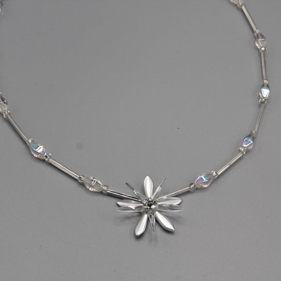 Elizabeth Beaded Necklace in Shiny Silver