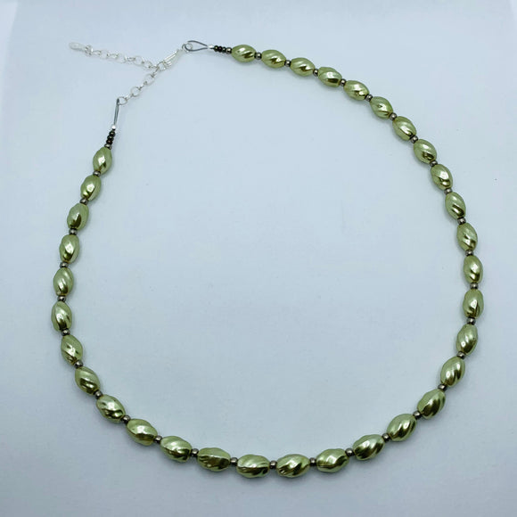 Nora Necklace in Pearly Green