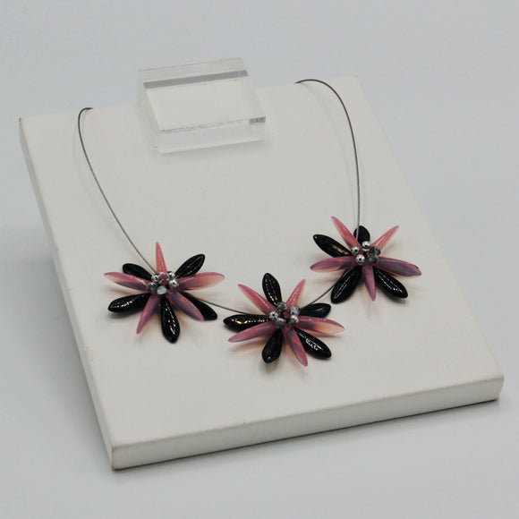 Anna Necklace in Pink and Black with Gold Stone Effects