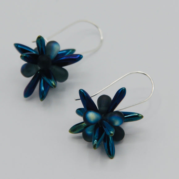 Mia Earrings in Blue Iris