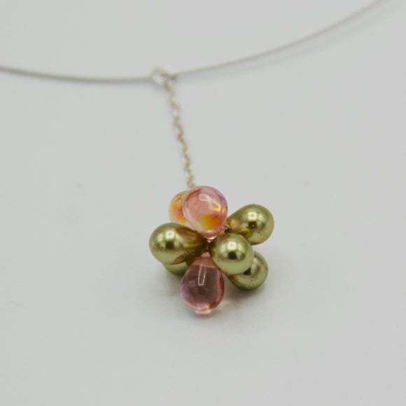 Beatrice Necklace in Shiny Pink and Pearly Green