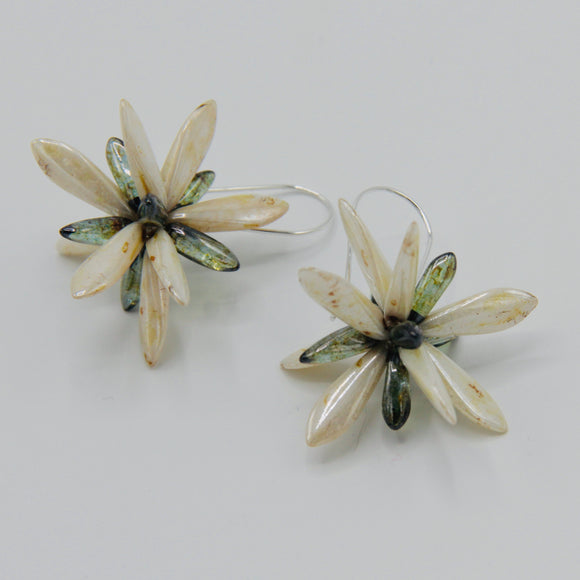 Eileen Earrings in Off-White with Stone Finish