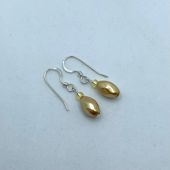 Penelope Earrings in Golden Pearl