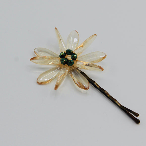 Harper Hair Pin in Transparent Beige