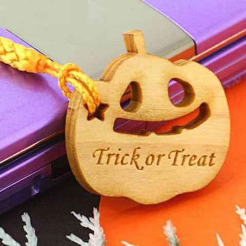 Halloween Wood Custom (Personalized) Name Tag Strap - Hamee Strapya World