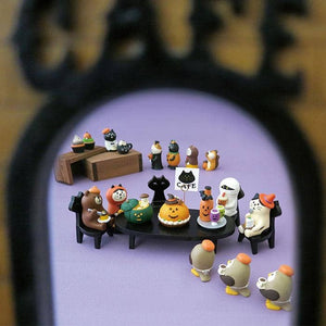 DECOLE Concombre Figures - Halloween (Cafe Entrance) - Hamee Strapya World