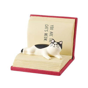 DECOLE HAPPY cat day Smartphone Stand (Book) - Hamee Strapya World