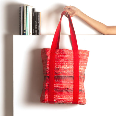 On the edge of the sea | Classic Tote Bag - Red
