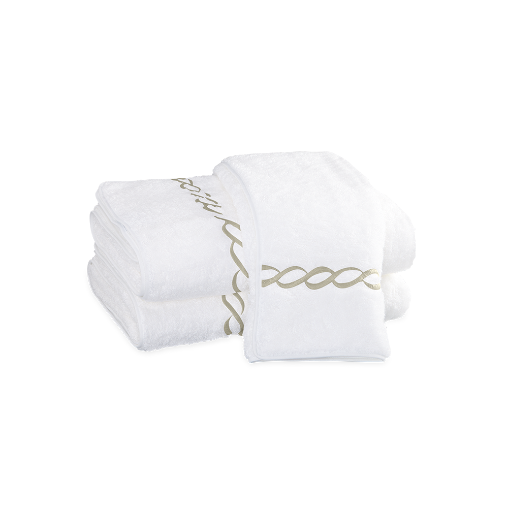 Matouk Classic Chain Bath Towel