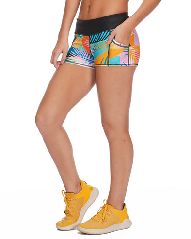 The Rider Performance Cross-Over Short in Five - Multi