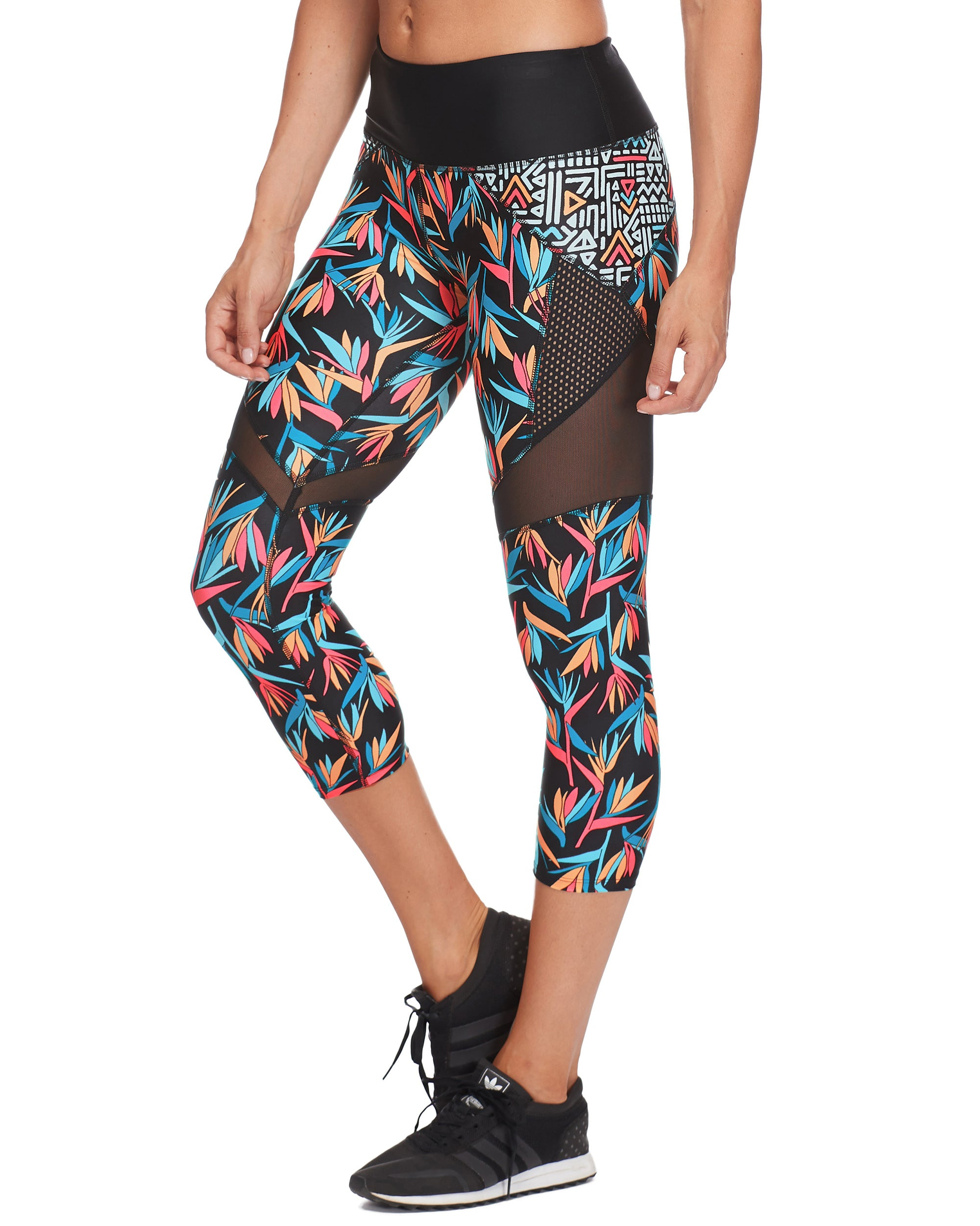Propel Cross-Over Capri Legging in Hang Loose - Black