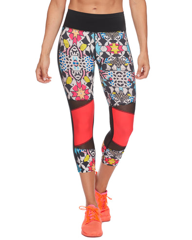 Cobra Cross-Over Capri Legging in Studio - Black