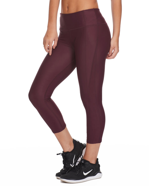 Roam Cross-Over Capri Legging - Porto