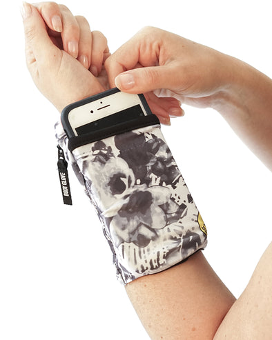 Two-Pocket Fitness Wrist Wallet - Abstract Palm/Black