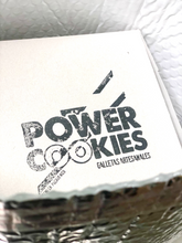 Load image into Gallery viewer, Insulated box liners to keep cookies cold while shipping!