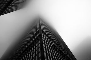 Skyscrapers in the fog (triptyque gauche) par Julien Catella