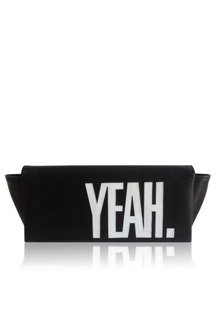 SLOGAN 'YEAH' LEATHER CLUTCH BLACK/WHITE