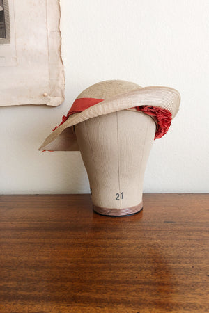"Jeanne Lanvin numbered couture ""Bergère"" hat"