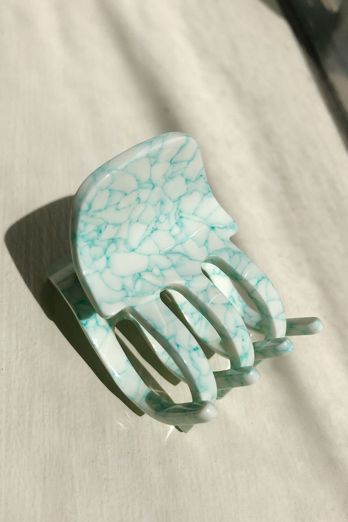 Mini Claw in MINTED PORCELAIN