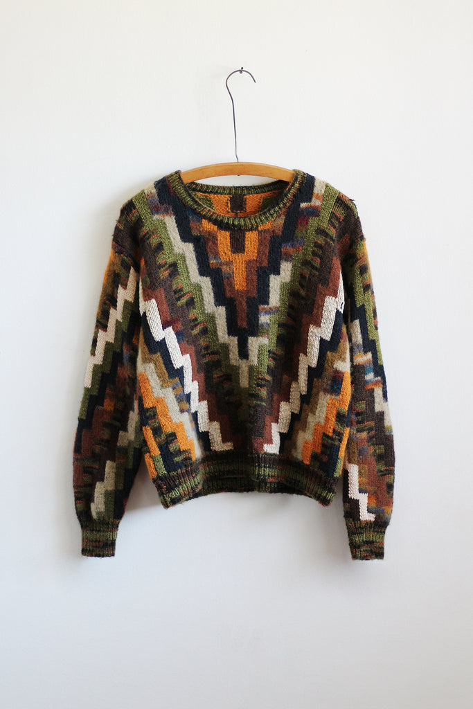 STEEPLE Sweater