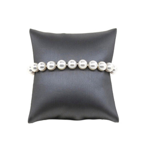 Off Round Pearl Bracelet