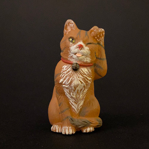 Winking Maneki Neko (brown)