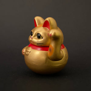 Wobbly maneki neko (gold)