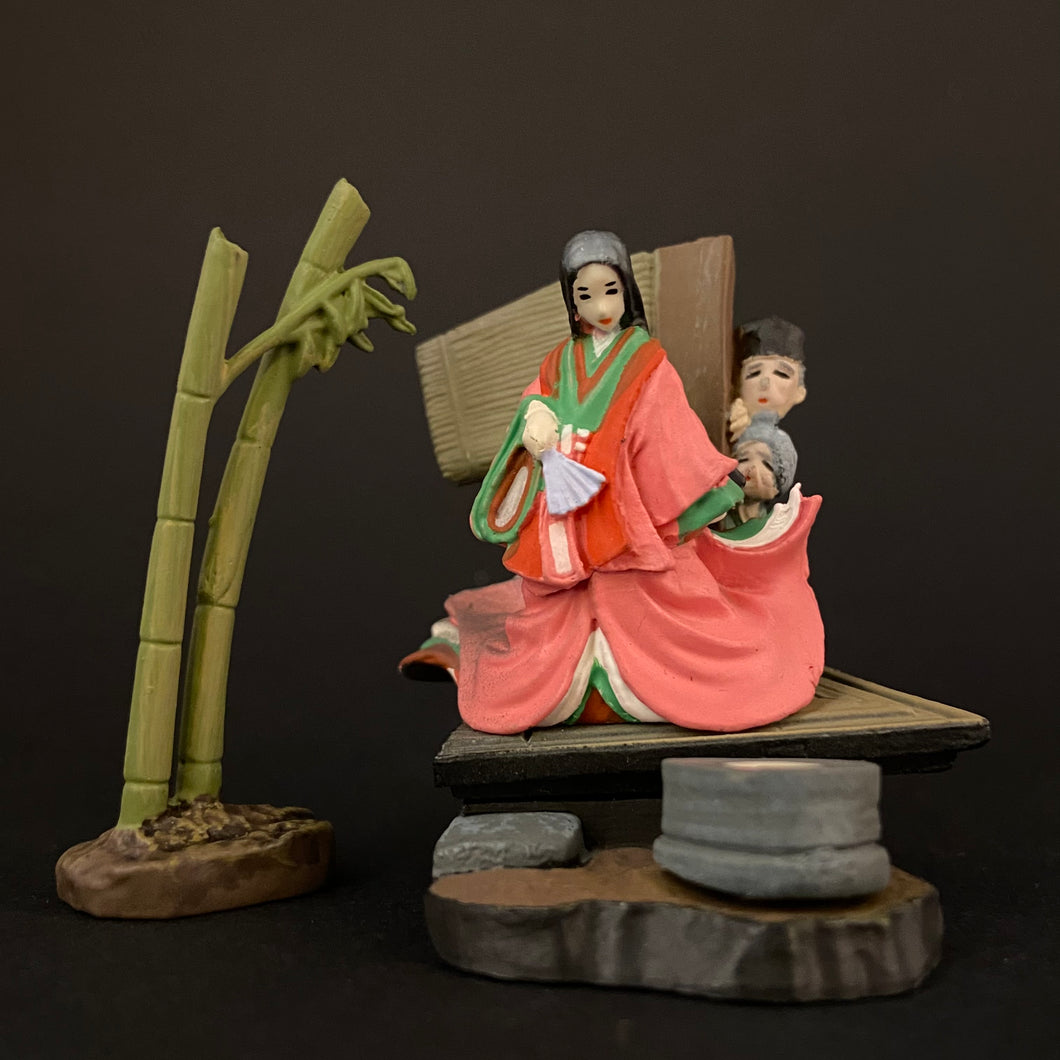 The tale of the Princess Kaguya figure
