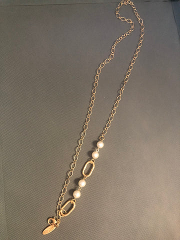 Plunder - Pearl accent necklace with charm/pendant hook