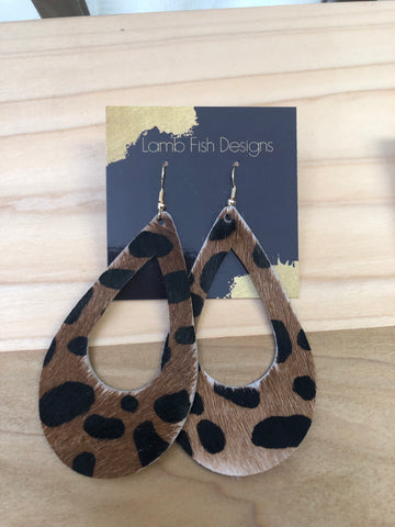 Leather teadrop earrings