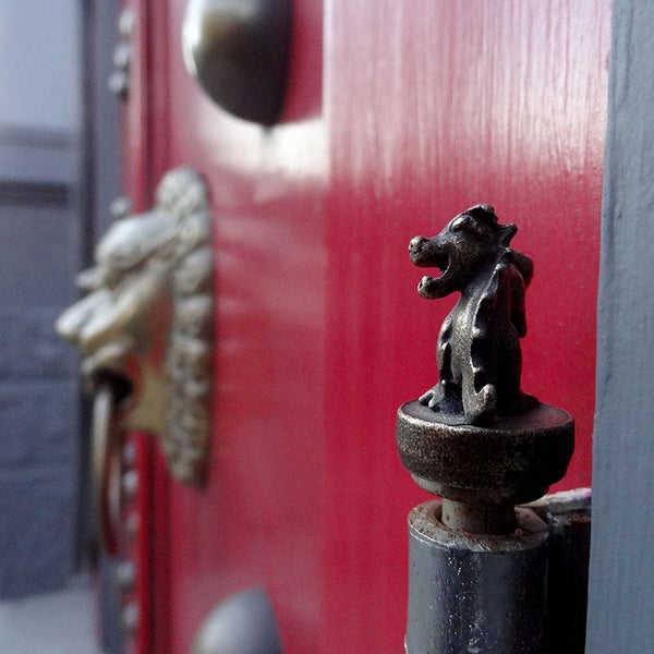 Affordable Home Decor - Dragon Hinge Accessory