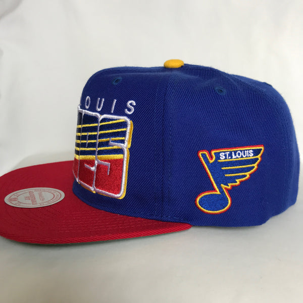 Mitchell & Ness Vintage Retro Block Letters Snapback