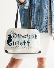 Laden Sie das Bild in den Galerie-Viewer, Dwayne Elliott Collection Paisley design Shoulder Bag - Dwayne Elliott Collection